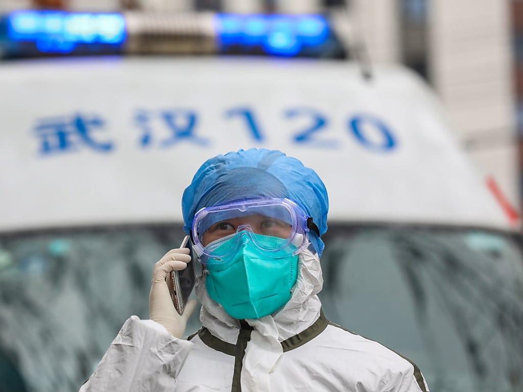 L'épidémie accélère hors de Chine, sa vitesse inquiète l'OMS — Coronavirus