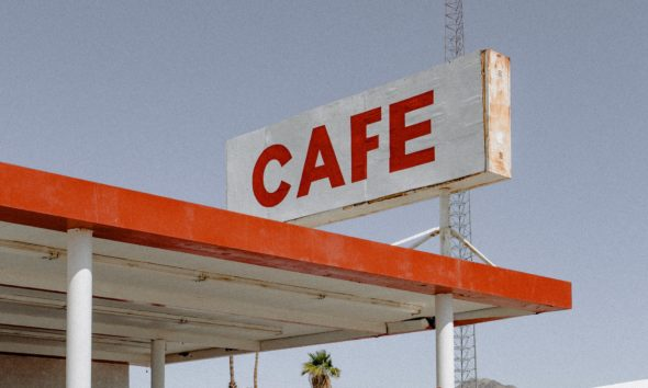 Café route vacances essence