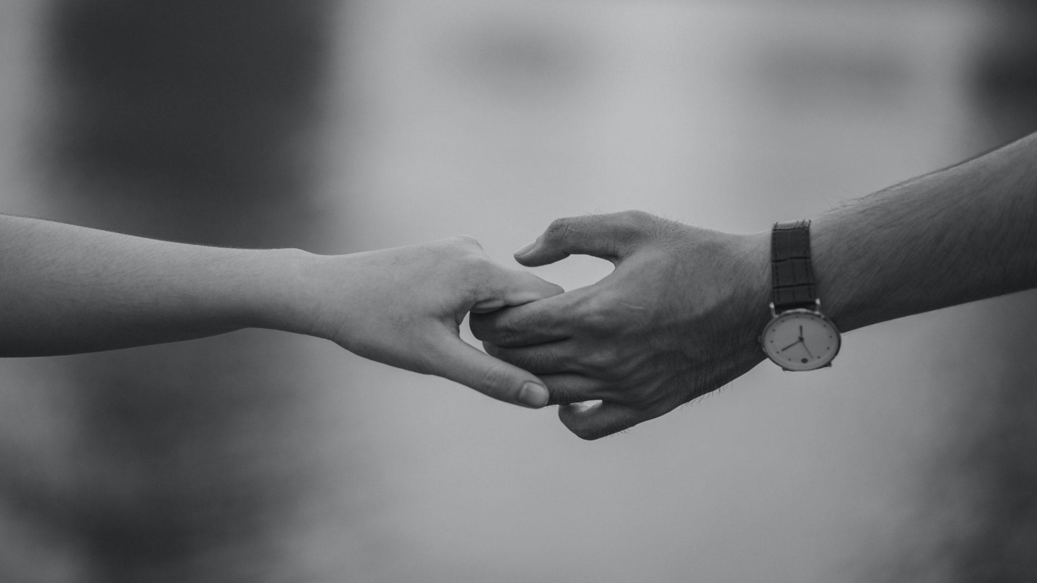 Couple mains